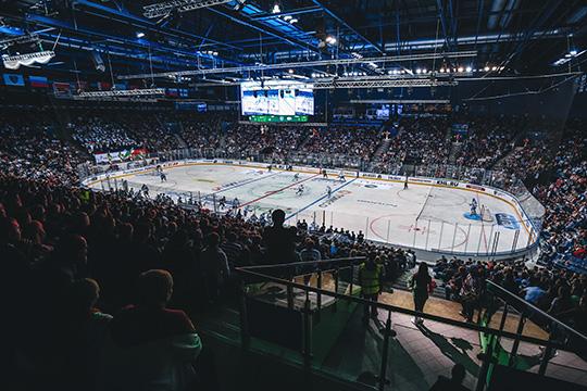 Арена может быть заполнена на10% отпроектной вместимости, и клубы должны разработать билетные программы. Они должны предусматривать сохранение дистанции минимум полтора метра между зрителями