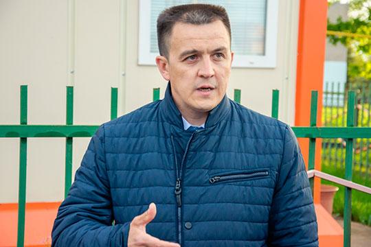 Руководитель исполнительного комитета Тукаевского района Ленар Авзалов стал фигурантом уголовного дела. Данную информацию подтвердило сразу несколько источников «БИЗНЕС Online»