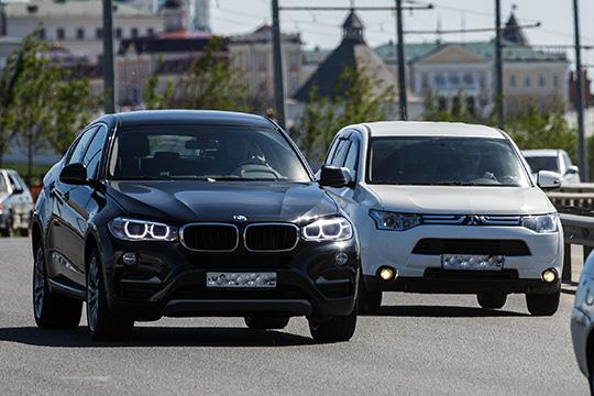 В январе 2019 года исполком якобы заключил контракт синдивидуальным предпринимателем почти наполмиллиона рублей. Заэту сумму бизнесмен должен был отремонтировать сзаменой деталей служебные иномарки— BMW Х5 иPorsche Cayenne