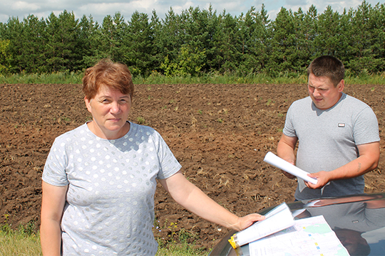 Фарида Сундуроварассказала, что припервоначальном варианте строительства М-12 близ Ульянково была запланирована зона отдыха для проезжающих мимо машин, итогда вихселе эту новость встретили сбольшим энтузиазмом