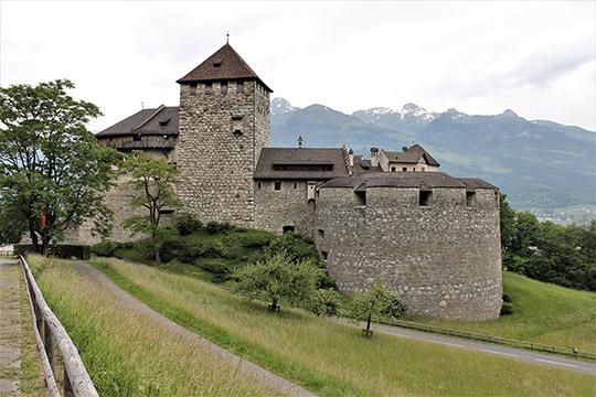 Замок Вадуц— официальная резиденция князя Лихтенштейна