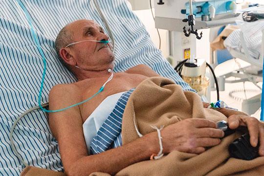 Исламгали Мустафин: «Было, конечно, очень плохо. Но я понимал одно — температура держалась потому что организм борется. Болел я 12 дней. Нормально всё, выживем»