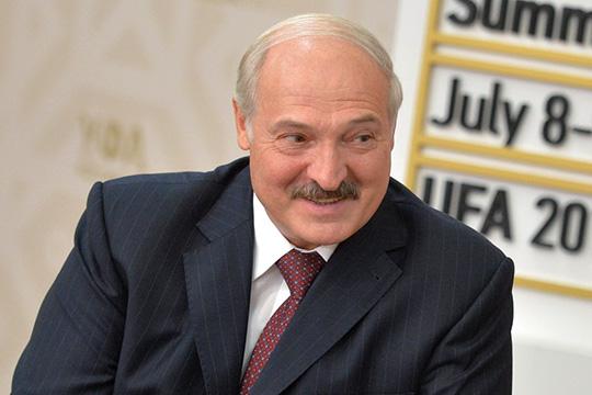 Александр Лукашенко:«Если только мыпойдем понавязанным сценариям вслед затеми, кем руководят заграничные кукловоды, перестанем быть белорусами»