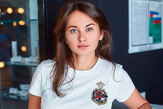 Эльвира Сайманова – директор управляющей компании КРЦ «Родина»