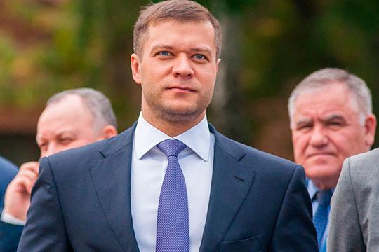 Предвыборный скандал разразился на этой неделе в Нижнекамске. По данным наших собеседников, идея «бросить перчатку» городской администрации принадлежала Тимуру Шигабутдинову