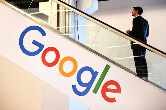 «ЗаIT-гигантов взялись всерьез»: боссов Apple, Facebook иGoogle вызвали наковер