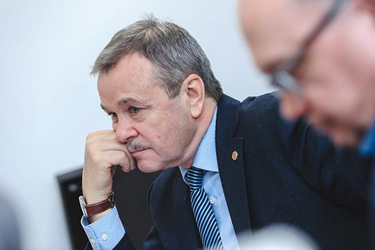 Виктор Дьячков: «Объединение крупных компаний всегда приводит кповышению производительности труда. Сокращается административный персонал, аколичество инженерного состава начинает расти»