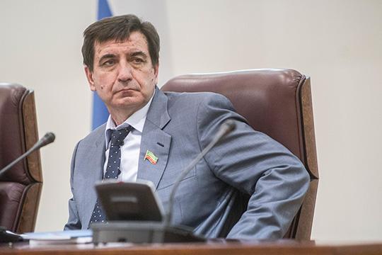 Юрий Камалтынов:«Вусловиях ограничений принято решение непроводить традиционный поквартирный обход ивести агитацию только наоткрытом воздухе»
