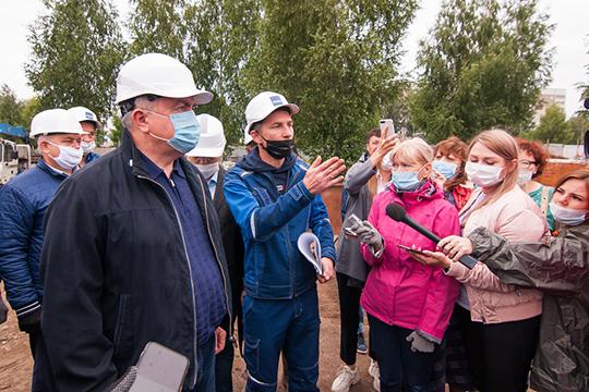 """Наиль Магдеев: «Название """"КАМАЗ""""— это дань уважения труженикам автограда, труженикам завода.Историю успеха завода игорода делали, впервую очередь, рядовые камазовцы. Ядумаю, это справедливо»"""