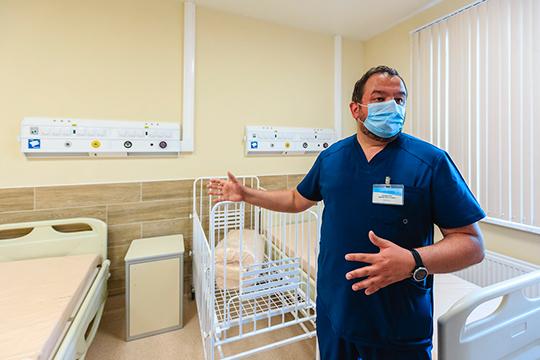 «После того, как COVID-19 превратится вобычную инфекцию— арано или поздно это произойдет,— мысоберем все службы Республиканской клинической больницы водном месте», – рассказалГатауллин