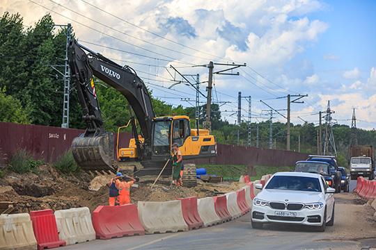 Пословам Дитриха, М12 построят совсей необходимой инфраструктурой— отвод земли сделают ипод строительство заправок для бензинового игазомоторного транспорта, объектов придорожного сервиса
