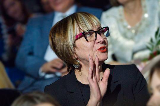 Сегодня Мадину Тимерзянову представили коллективу Национальной библиотеки РТ в качестве нового директора