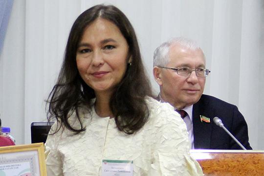 Сююмбике Зиганшина, руководившая Национальной библиотекой РТ с 2015 года, начинала там еще библиотекарем в 1992-м