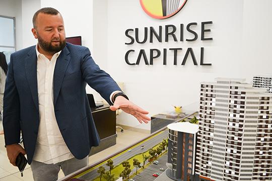 Пожалуй, очень заметным вЧелнах— и, соответственно, заметно выше внашем списке— стал руководитель компании «Санрайс Капитал»Кемал Эврен Демирджи(№33). Турецкий застройщик возводит жилой комплекс Sunrise City