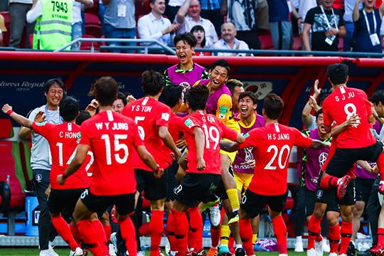 С прошлого года Ин Бом уверенно играет в стартовом составе сборной Южной Кореи. К игроку даже проявлял интерес «РБ Лейпциг» с одной из самых сильных скаутских служб в бундеслиге