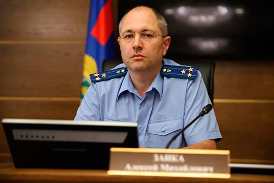 Алексей Заика— новый человек для республики. Ему 44 года, родился ивыросвМоскве. Свою карьеру также построил встолице
