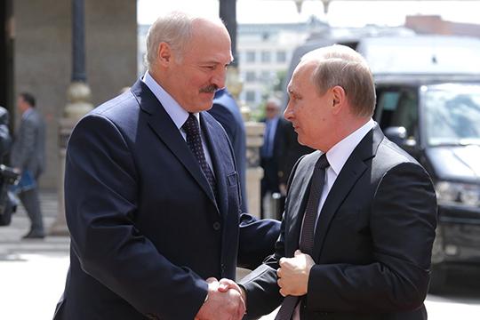 «Минск недает. Любой человек, который выходит науровень Москвы, мгновенно уничтожается. Это тупиковая ситуация для России. Сейчас Москва признала победу Лукашенко»