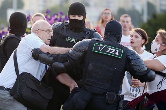 Вторая ночь протестов вБеларуси: «Небойтесь столкновений, идите доконца»
