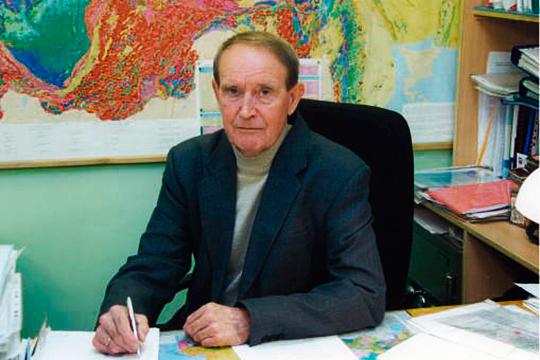 Директора ЦНИИгеолнеруд заслуженного геолога Евгения Аксенова перевели в «Росгеологию», лишив, по сути, всех рычагов влияния