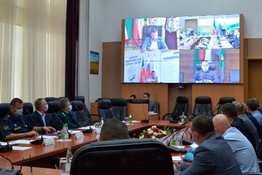 Марат Зяббаров провел заседание республиканского штаба по недопущению проникновения АЧС на территорию Татарстана