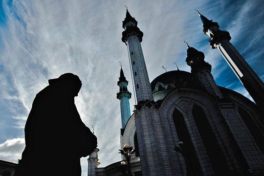 «в Исламе применяется инструмент, который направляет экономику в правильное по канонам ислама русло. В основе этого инструмента лежат богословско-правовые нормы Ислама»
