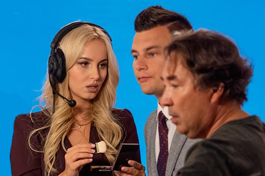 Известная ведущая и блогер Зухра Уразбахтина задумалась о карьере на федеральном телевидении. По словам наших источников в клубе, теледива планирует продолжить карьеру на канале «Матч ТВ»