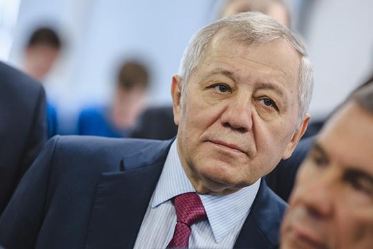 Председатель совета директоров ТАИФаАльберт Шигабутдиновпредставил ситуацию вКремле под видом несогласованной сним инициативы своих сыновей