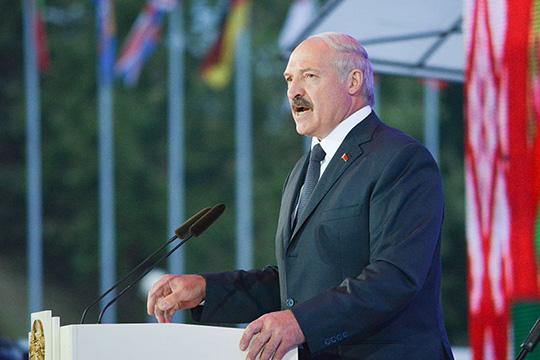 Глава (пока еще) страныАлександр Лукашенконаочередных президентских выборах получил огромный процент голосов, это вызвало недовольство некоторой части белорусского социума, посчитавшего, что результаты выборов были сфальсифицированы