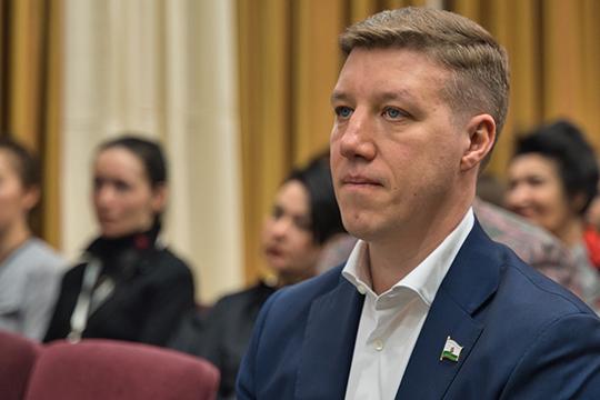 У представителя «ЕдРа» Евгения Чекашова (Арбузовский одномандатный округ №21) — более 3,6 млн рублей дохода