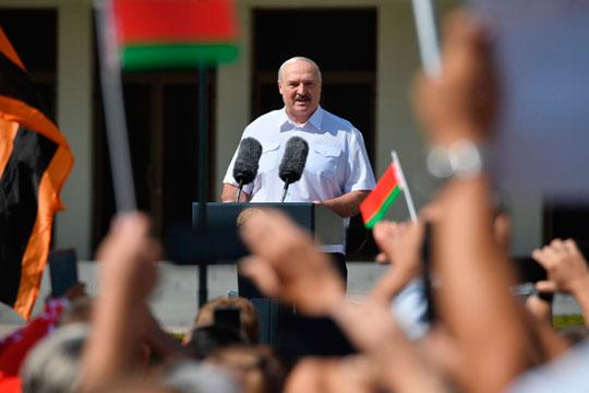 «У Лукашенко один-единственный путь прекратить насилие — это подать в отставку. Отставка позволит купировать протестную активность»