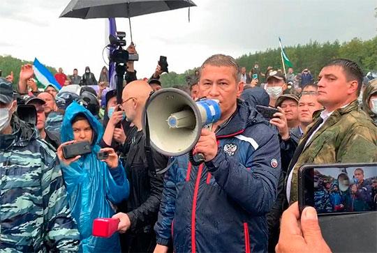«Драматические события этой недели показали, что Хабиров держит в руках повестку, несмотря на титаническое давление со многих сторон»