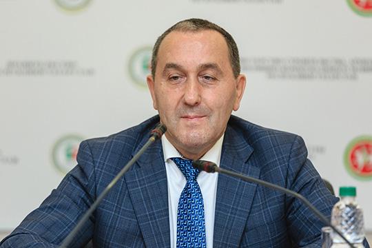 Ильшат Гимаев:«Даже несмотря нанепростую ситуацию, вызванную пандемией, конкурс состоялся, счем хочу поздравить всех: организаторов иучастников»