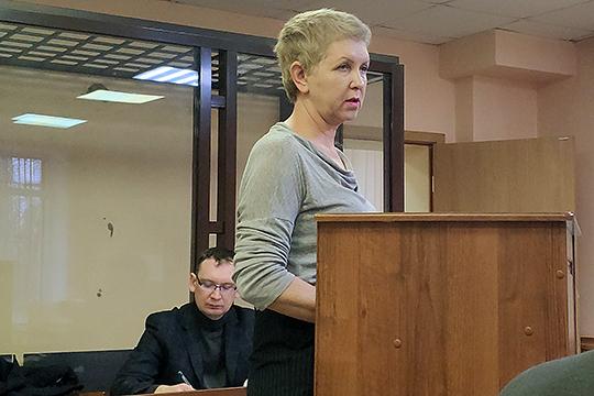 Ирина Васильева уже выступала в качестве свидетеля в суде в декабре прошлого года. И на нее часть других свидетелей указывала как на человека, готовившего отчетность для фирм-«прокладок»