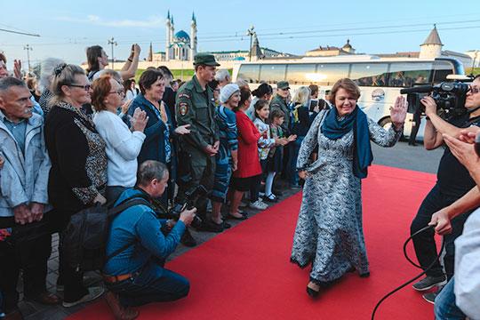 Руководитель «Татаркино» Миляуша Айтуганова заработала за прошлый год 1,62 млн рублей, а ее супруг добавил в семейный бюджет еще 1,26 миллиона
