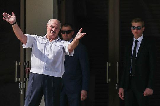 Александр Лукашенко: «Я попросил россиян: дайте нам 2-3 группы журналистов на всякий случай. Это 6 или 9 человек с самого продвинутого телевидения. И наша молодежь пусть посмотрит, как работают»