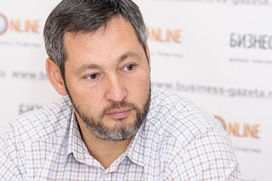 Олег Коробченко:«Партия еще молодая, мыпока мало успели сделать. Номысебя позиционируем как партия людей дела инам удается держать марку»