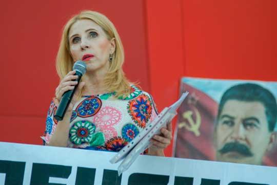 Татьяна Гурьеваимеет все шансы намандат. Вэтом году партии ненадо проходить этап сбора подписей, накотором еестабильно срезали