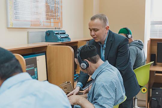 Когда япоступил впервое медресе— Казанский исламский колледж, технологии были еще ненастолько доступны. Основы религии постигались мною устно