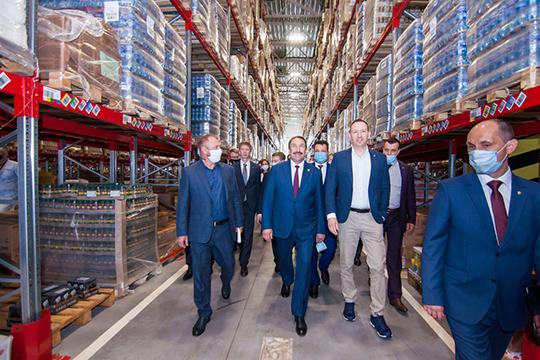 Алексей Песошин: «88 поставщиков изТатарстана сегодня работают скомпанией. Наихдолю врозничном обороте сети приходится33%. Я, конечно, надеюсь, что поставщиков современем станет больше, как ипроизводимых вреспублике товаров»