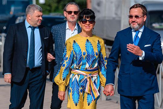 Тимербулат Каримов (справа) был здесь вместе с супругой Ингой Сечиной, дочерью могущественного руководителя «Роснефти» Игоря Сечина