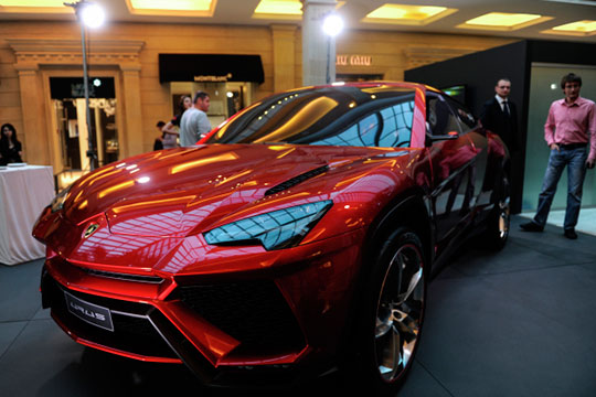 Самые свежие Lamborghini в Татарстане — кроссоверы Urus: два от 2019 года и один от 2018-го