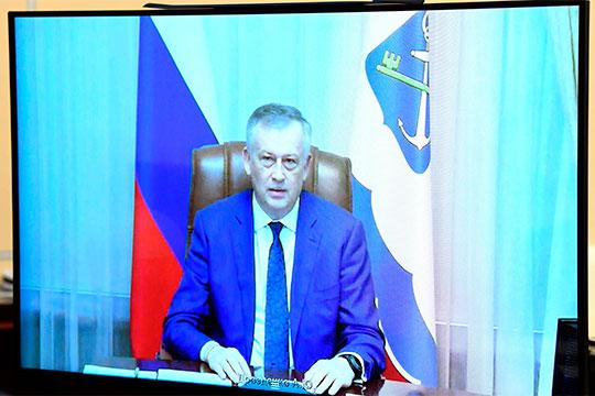 «Говорят, что губернатор Дрозденко в будущем займется всероссийскими выборами, да и всей внутриполитической повесткой. А пока у него свои выборы», — пишет «Незыгарь»