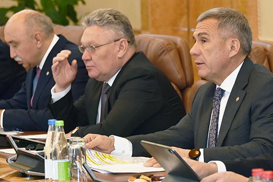 Рустам Минниханов:«Рафис Бурганов прошел огромный путь, он и в городе поработал, и в министерстве, он и систему знает. Он, конечно, не преподаватель»