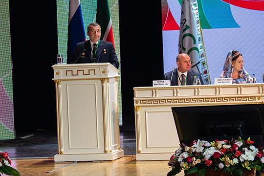 Дамир Юсупов: «Выслушав стратегию развития татарского народа, полностью ее поддерживаю и призываю всех проголосовать за нее»