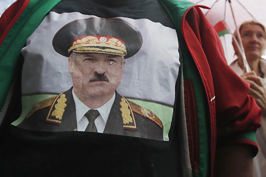 «Лукашенко победит, потому что занего большинство белорусов, занего силовики, занего Россия. Иунего есть смелость иготовность брать всю ответственность засебя»
