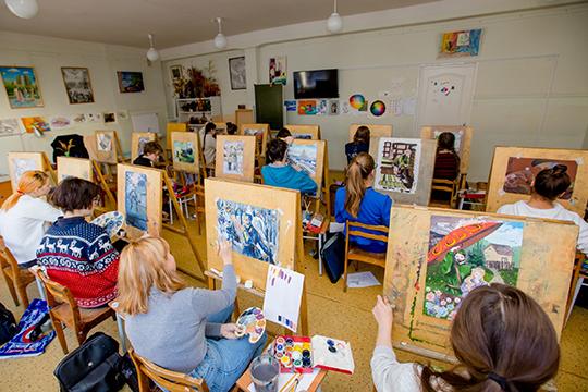 «Частные образовательные учреждения, учреждения дополнительного образования в области культуры и искусства, некоммерческие организации были напрочь закрыты»
