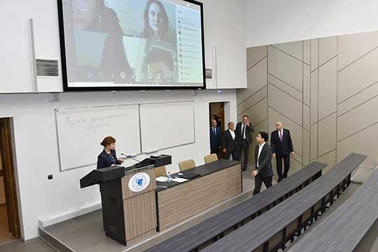 В КФУ каждое занятие будет транслироваться онлайн для иностранных ииногородних учащихся