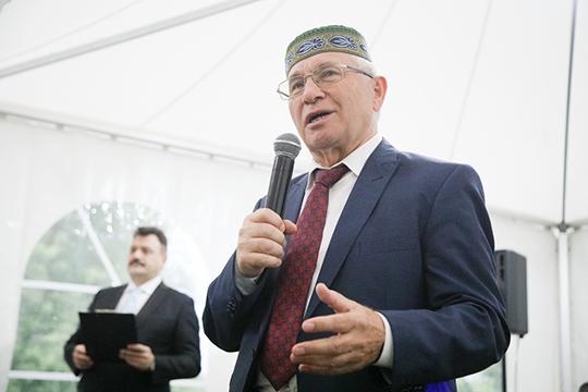 Разиль Валеев: «Мы говорим, что Казань — духовная столица татар всего мира. Да, так оно и есть, но, не прибрав к рукам Москву, ничего не сделаешь, потому что много чего решается именно в Москве»