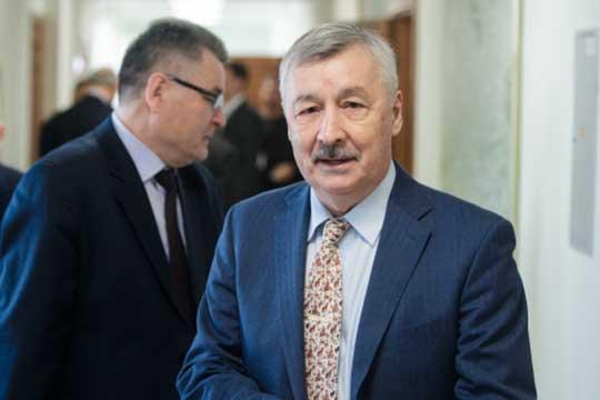 Рафаэль Хакимовсчитает главной ошибкой вработе то, что изначально кней неподключали лидера республики