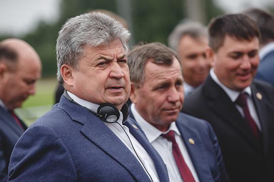 После ухода Геннадия Емельянова в Госсовет РТ, а оттуда — в Совет Федерации его креатурам пришлось нелегко